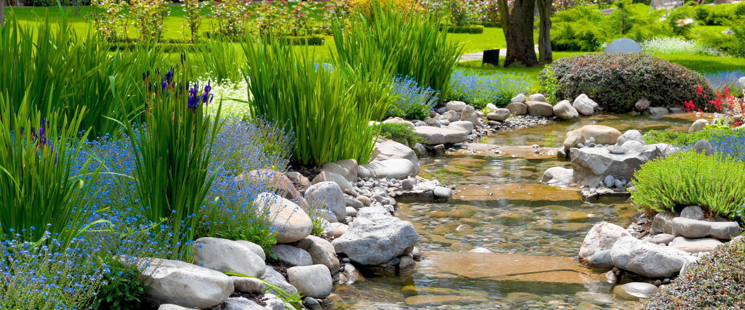 Wir Stehen Ihnen Mit Rat Und Tat Zur Seite, Solch Einen U201eWunschgartenu201c Zu  Entwerfen Und Zu Realisieren. Anspruchsvolle Gartengestaltung ...